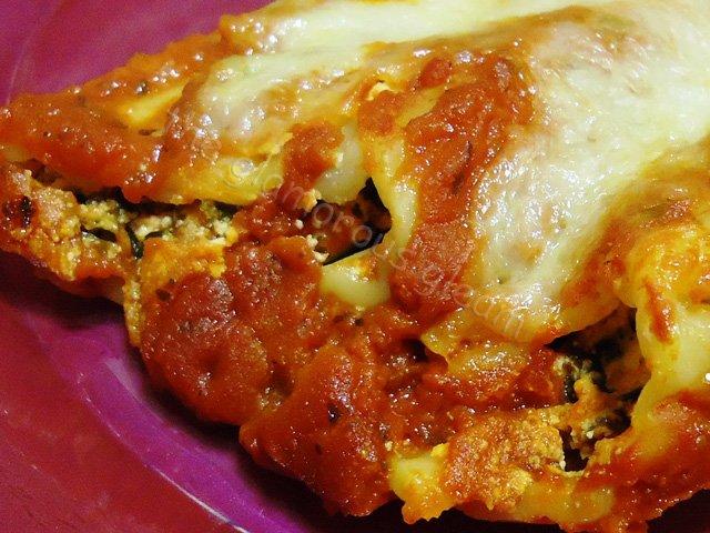 Ricotta & Spinach Stuffed Manicotti
