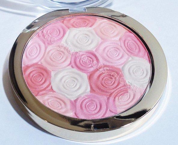 Milani Illuminating Highlight Powder Beauty's Touch