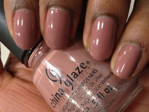 China-Glaze-Dress-Me-Up2