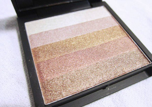 """Sleek Glo Highlighter Bronze Baby"""
