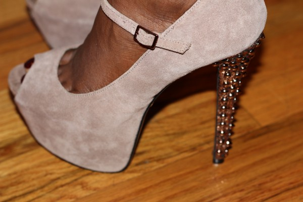 """Betsey Johnson Belll Pump"""
