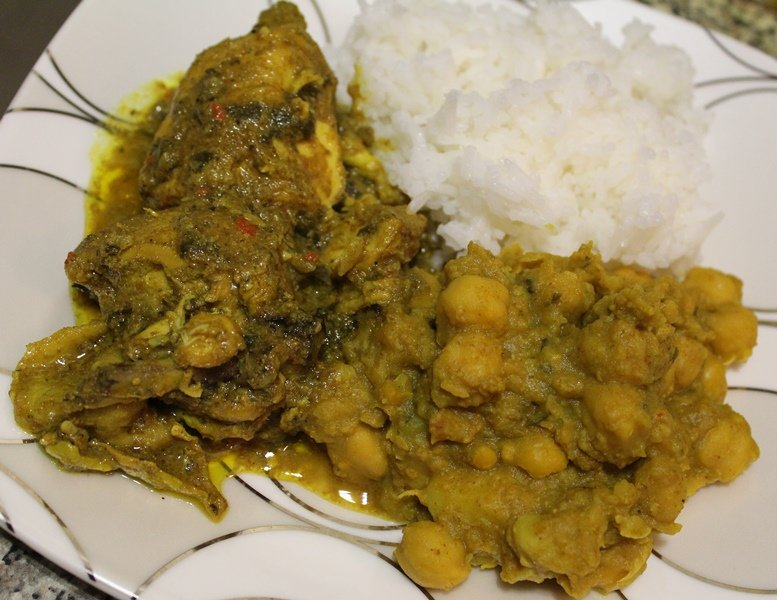 How To Make Curry Chicken with Channa & Aloo