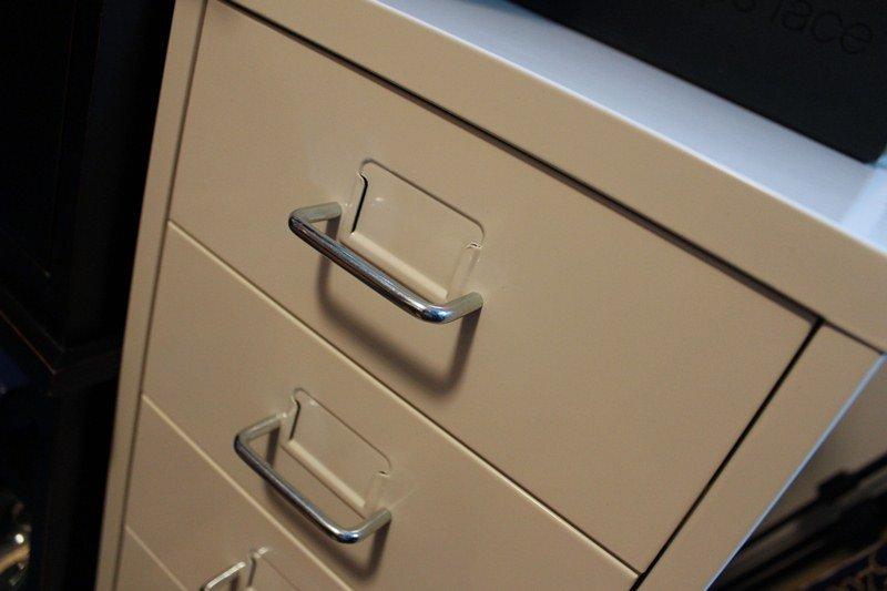 Makeup-Storage-Ikea-Helmer-Cabinet2