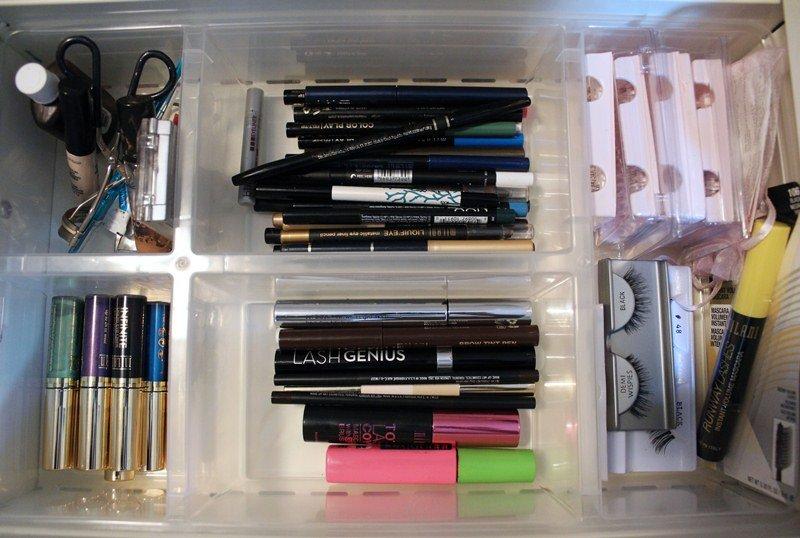 Makeup-Storage-Ikea-Helmer-Cabinet7