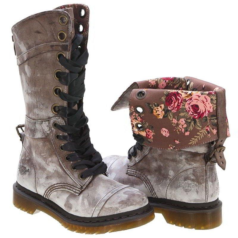 Dr Marten Triumph Combat Boots