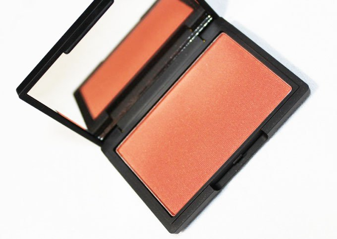"""Sleek Makeup coral Blush"""