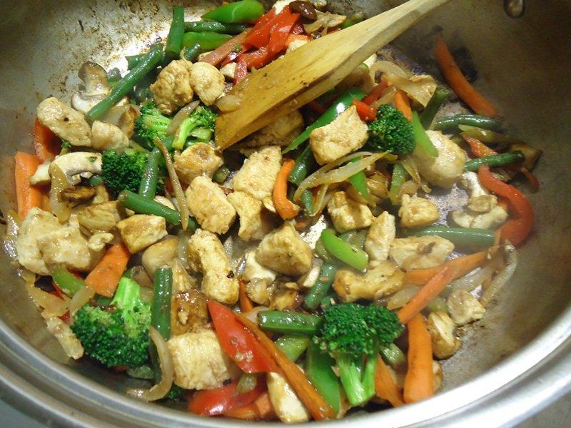 Sweet-n-Spicy-Chicken-Stir-Fry9