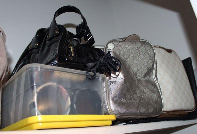 organize-small-closet-10