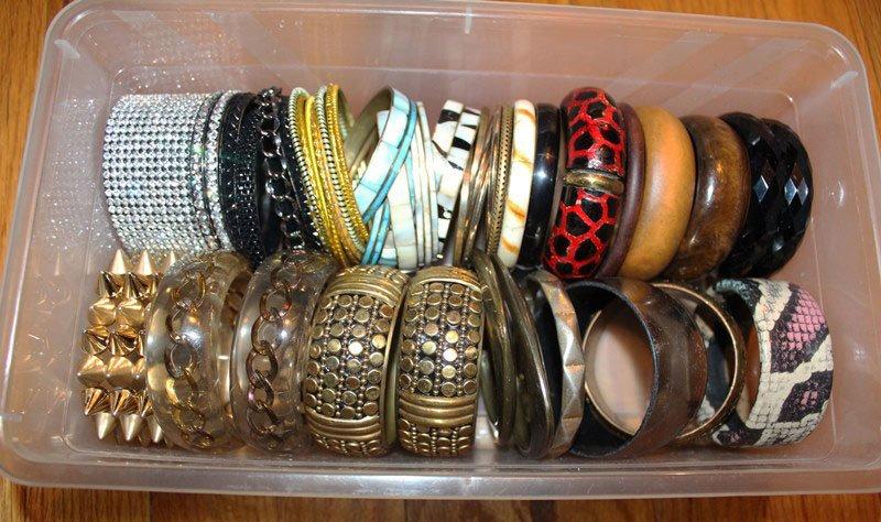 organize-small-closet-11
