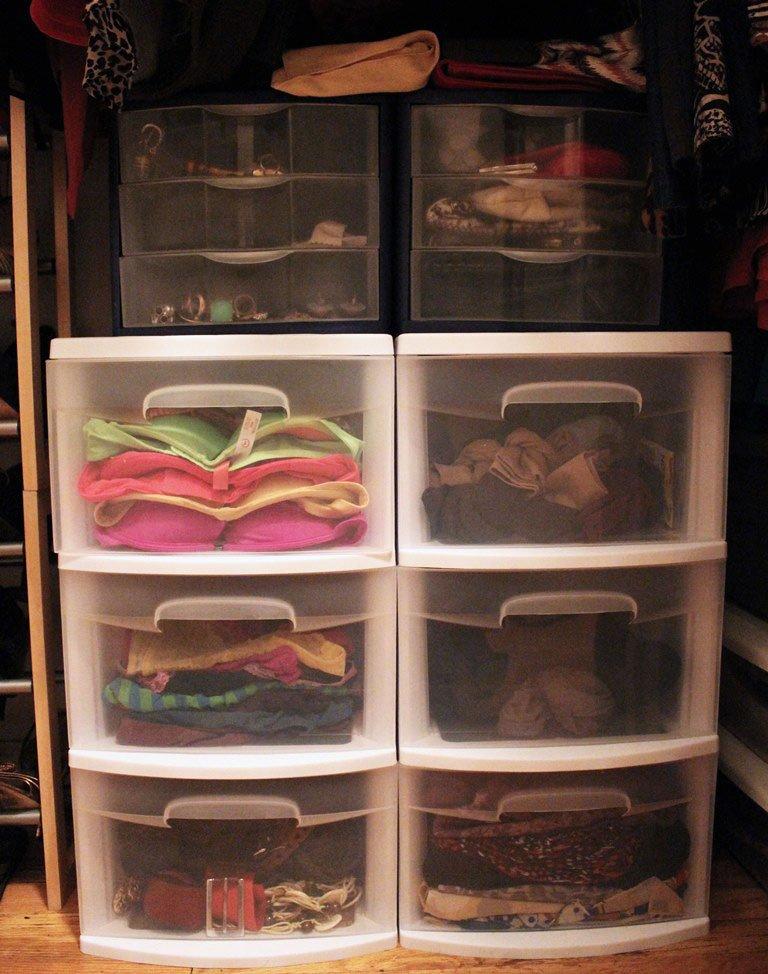 organize-small-closet-14