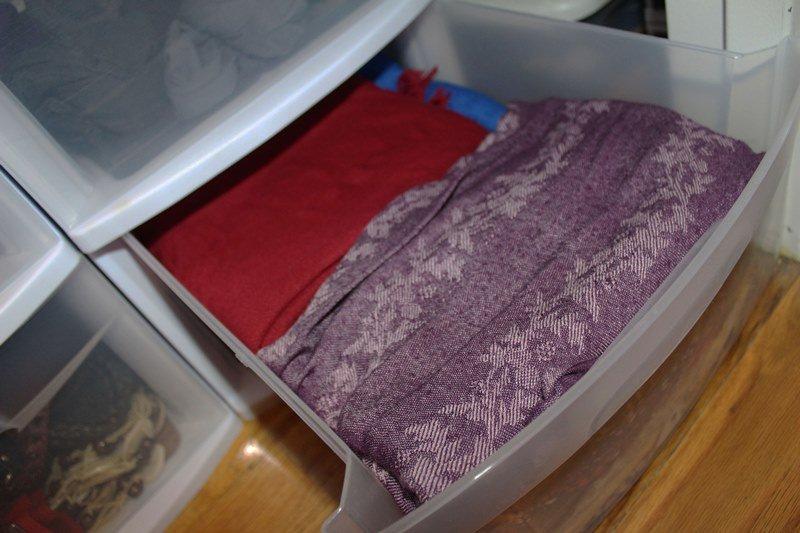organize-small-closet-16