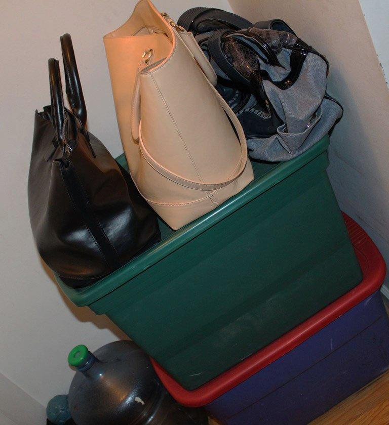 organize-small-closet-24