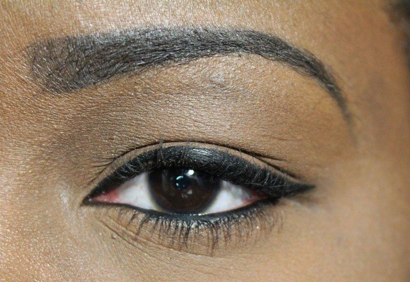 Milani-Eye-Tech-Bold- Liquid-Eyeliner-6