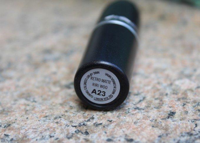 MAC-RiRi-Woo-Lipstick-2