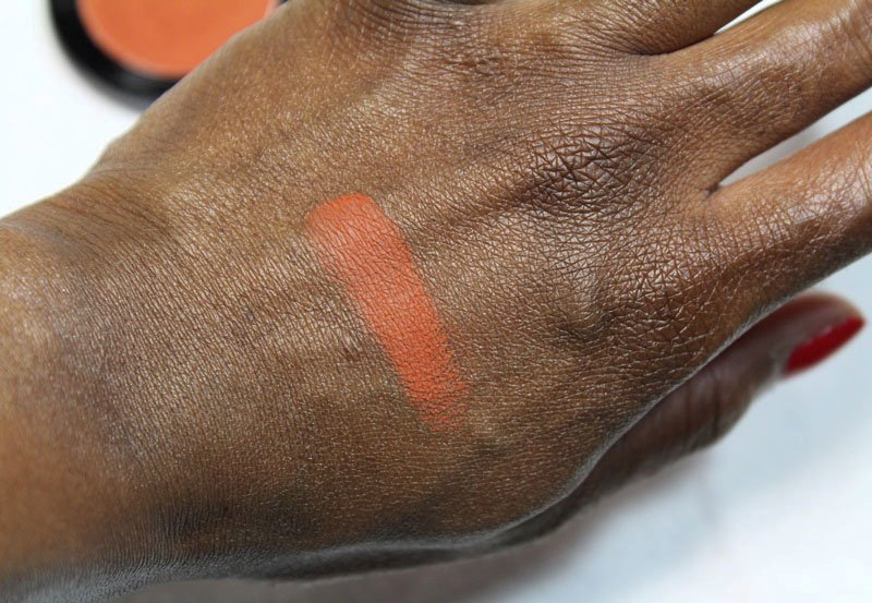 Mehron iNtense Pro Pressed Powder Pigment in Earth Crust Swatch