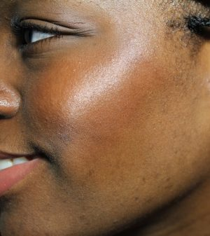 Ellis Faas Blush in Soft Bronze dark skin