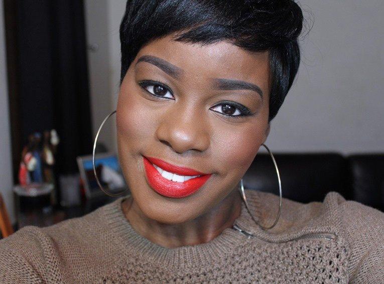 Julie Hewett Lipstick Rouge Noir Dark Skin