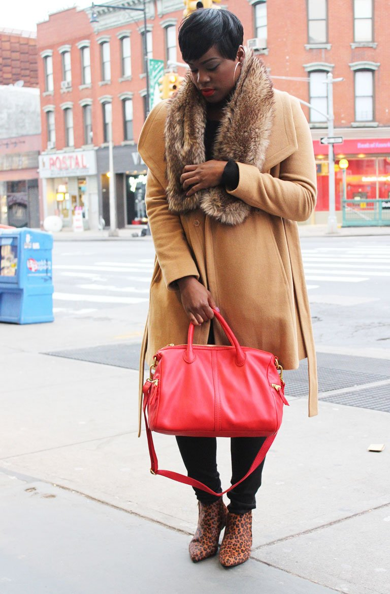 red bag outfit