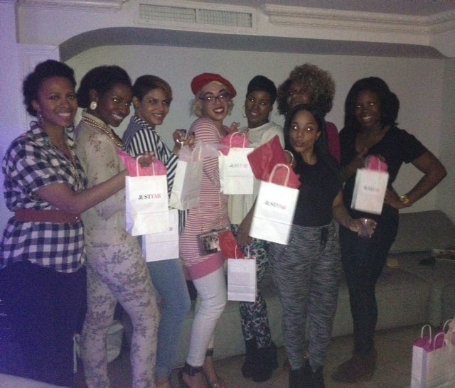 NYC-Fashion-Bloggers-Meetup-Group-JustFab-Event-5