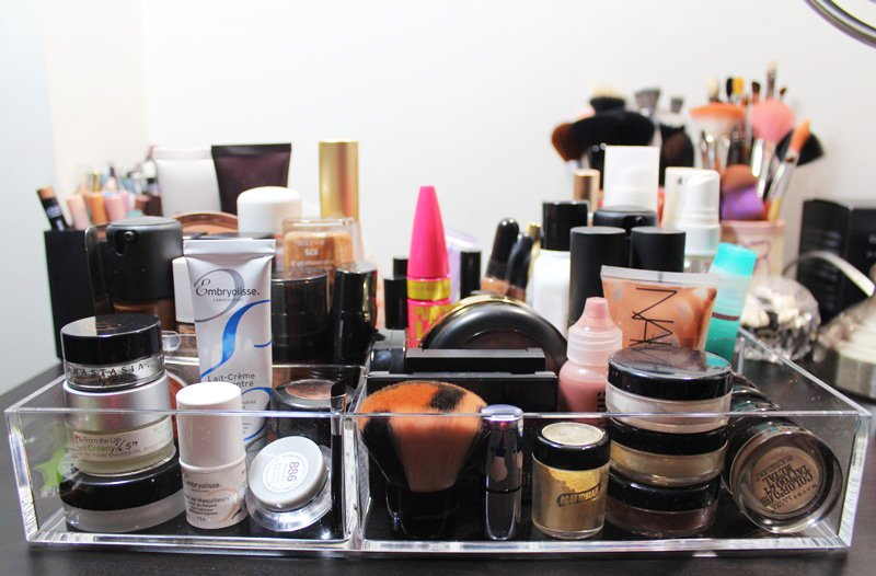 Container-Store-Acrylic-Stacking-Tray-Large-8section-makeup