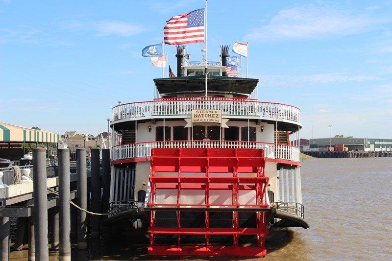 steamboat nachez nola