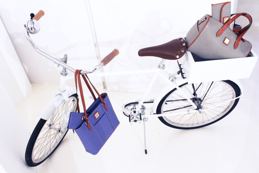 dooney-and-bourke-spring-2015-pebble-collection
