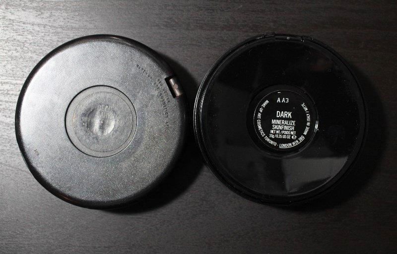 MAC-Mineralize-Skinfinish-Dark-compared-to-deep-dark-2
