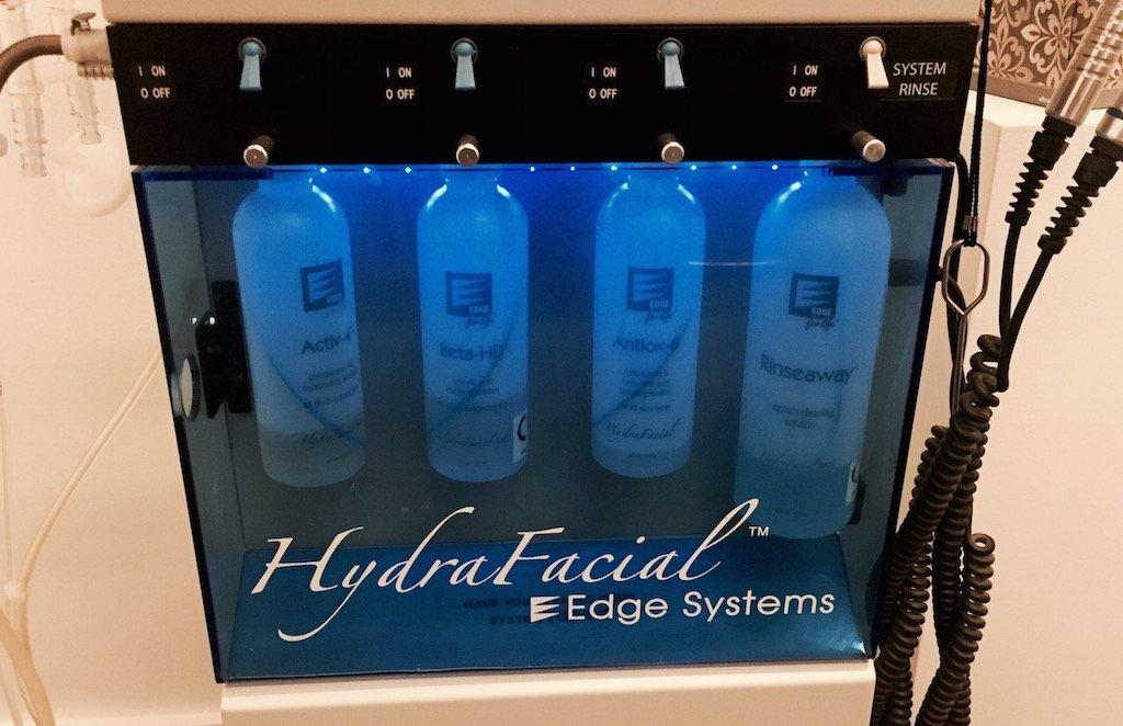 HydraFacial MD Review