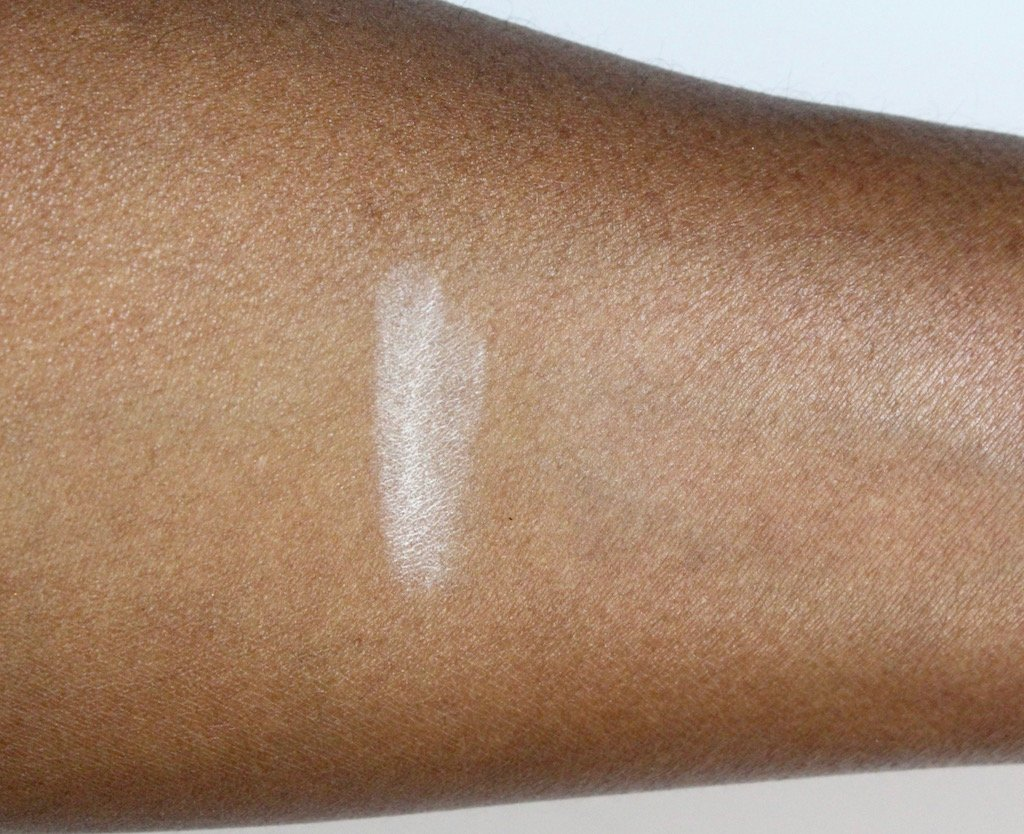 Laura Mercier Translucent Loose Setting Powder Dark Skin