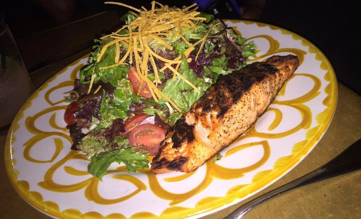 Bodega Negra Salmon Salad