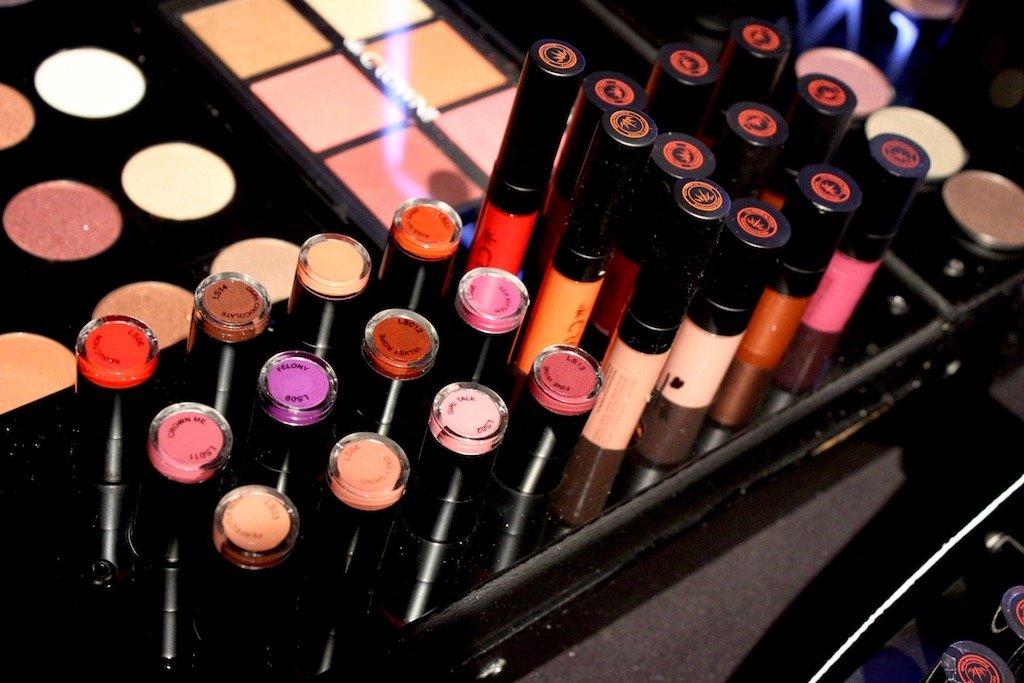 Crown Pro Lipstick & Lipglosses