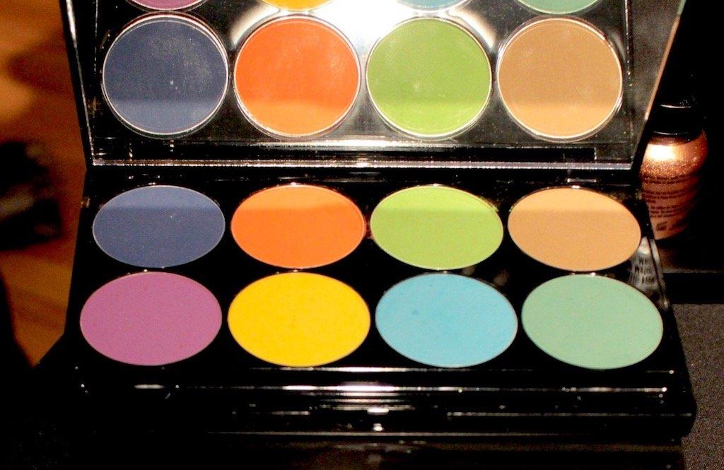 Mehron iNtense Pro Pressed Pigment Palette