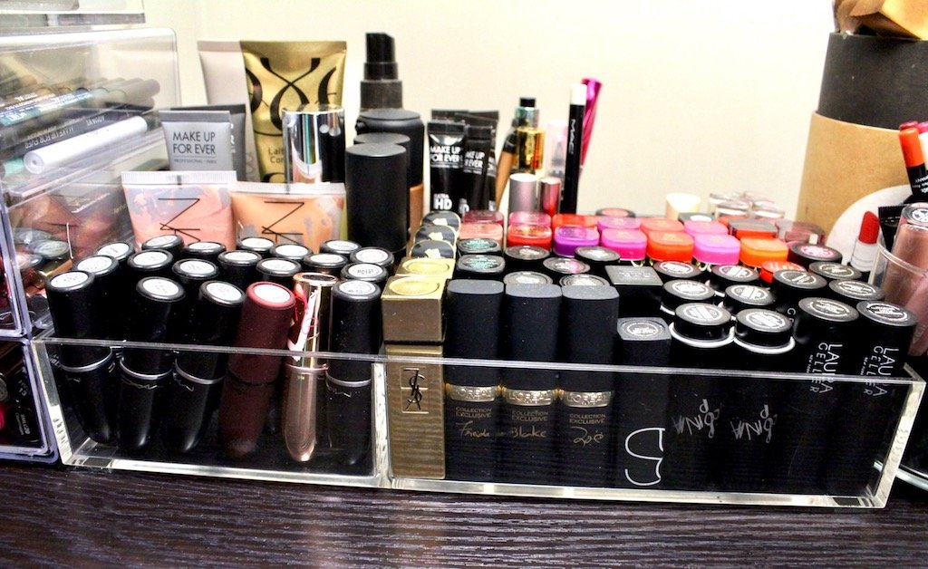 Organize Your Makeup Acrylic Tray