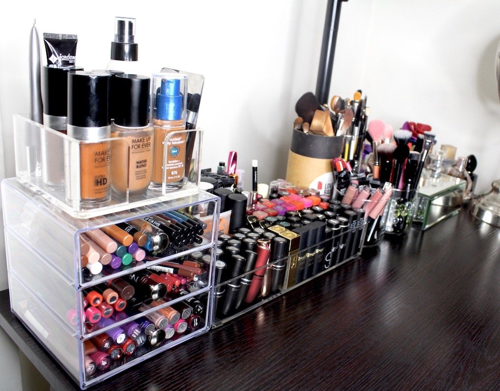 Organize Your Makeup In A Small Space
