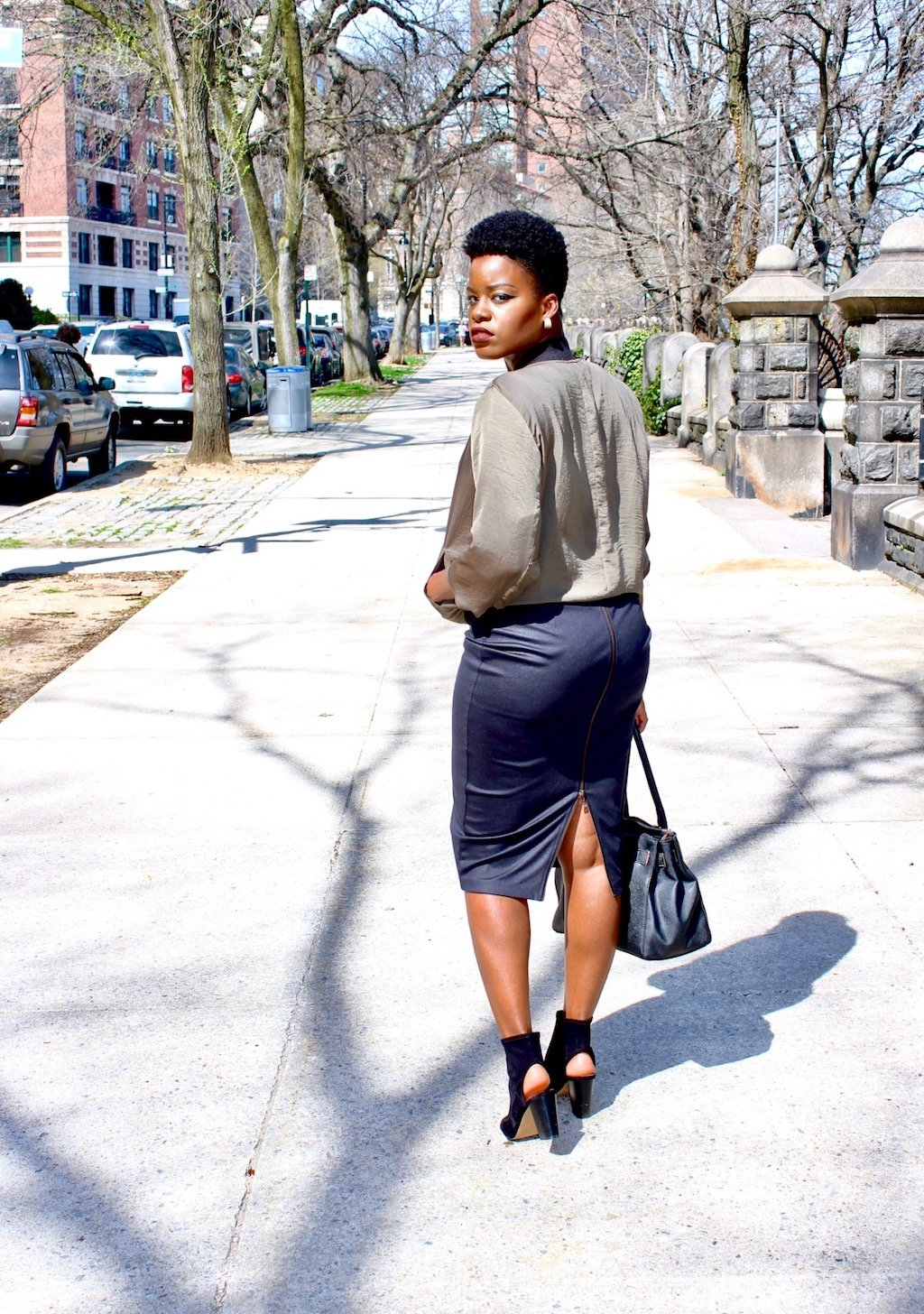 comfortably chic bomber jacket outfit