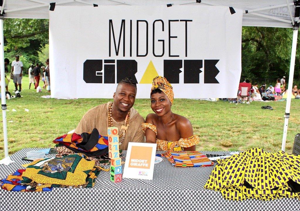 midget and giraffe