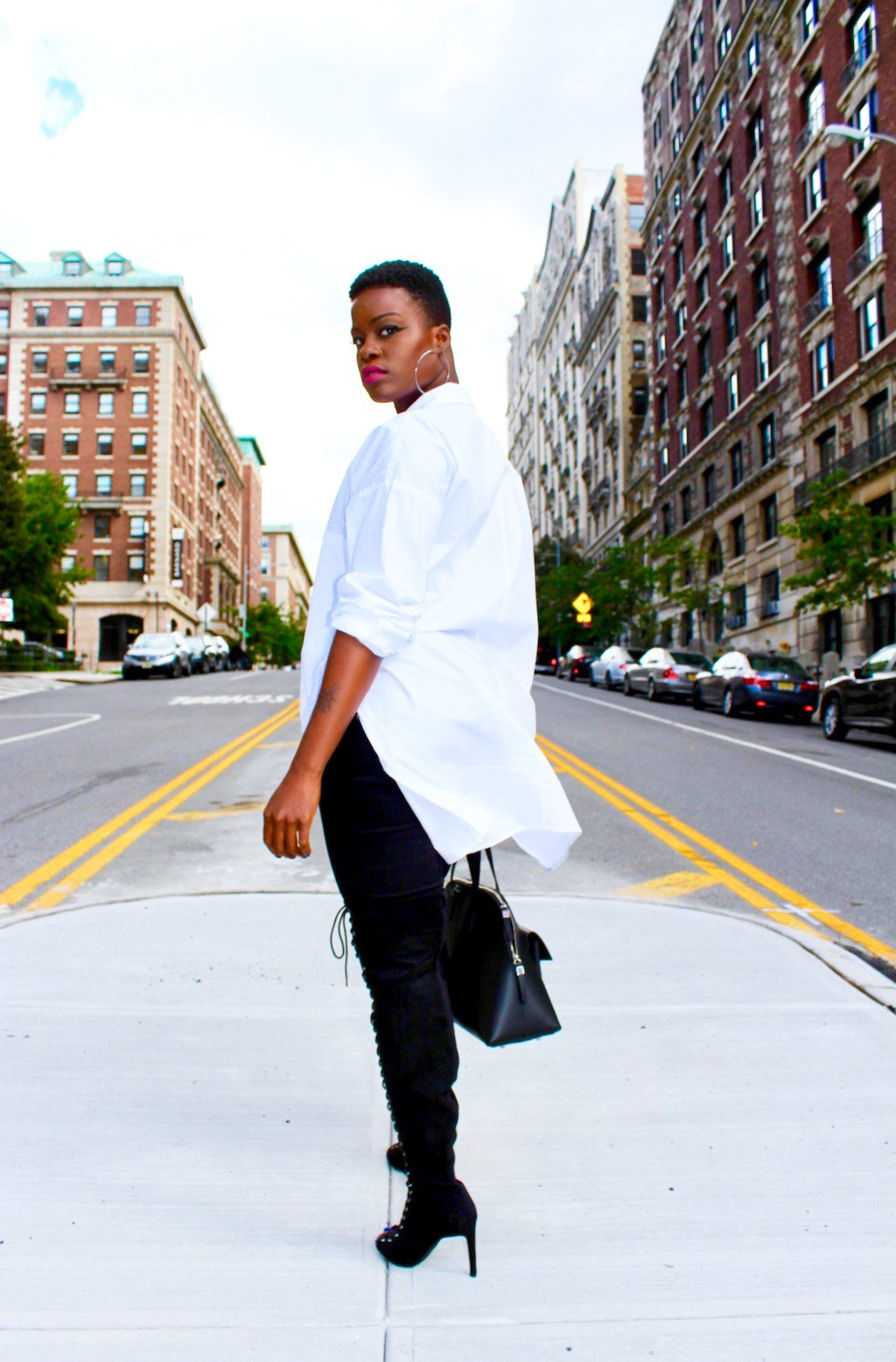 52b24d21f6e Simply Slaying NYFW In An Oversized White Button Down