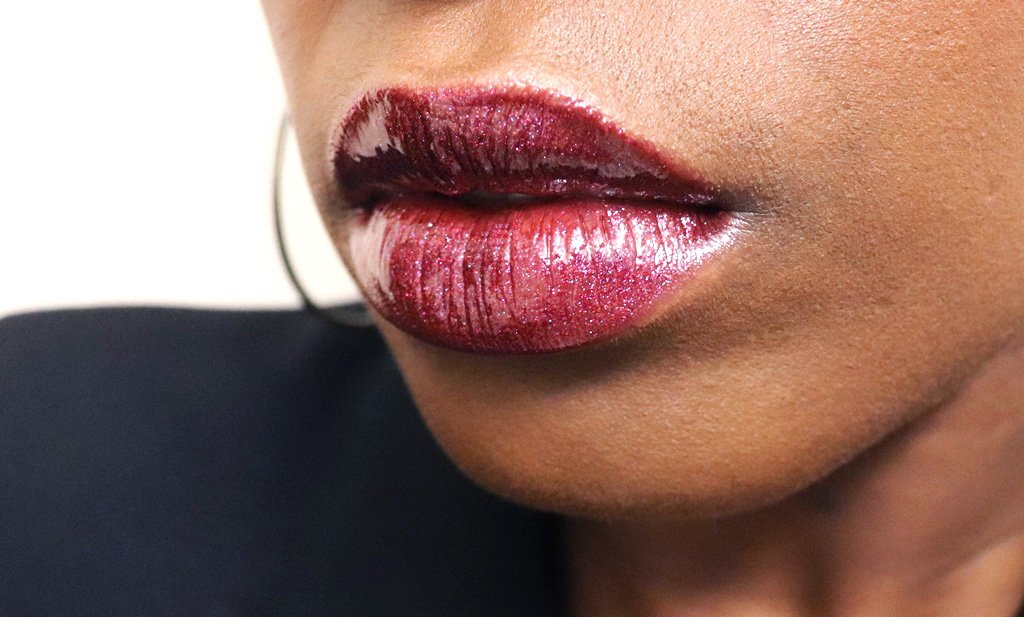 Fenty Beauty Galaxy Collection Sci-Fly paired with Astro-Naughty on Lip Swatch