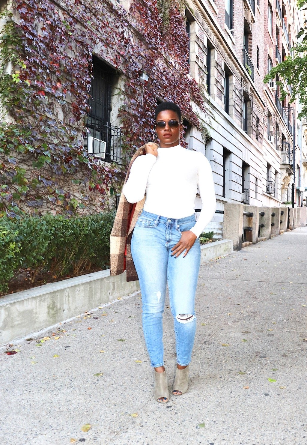 Mom Jeans Outfit featuring GAP Curvy True Skinny Jeans