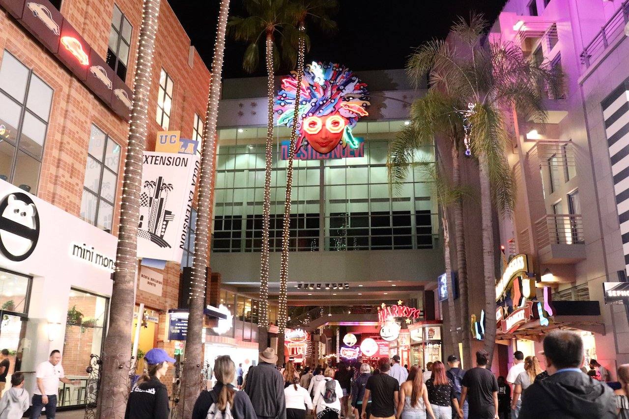 Universal Studios Hollywood CityWalk Review