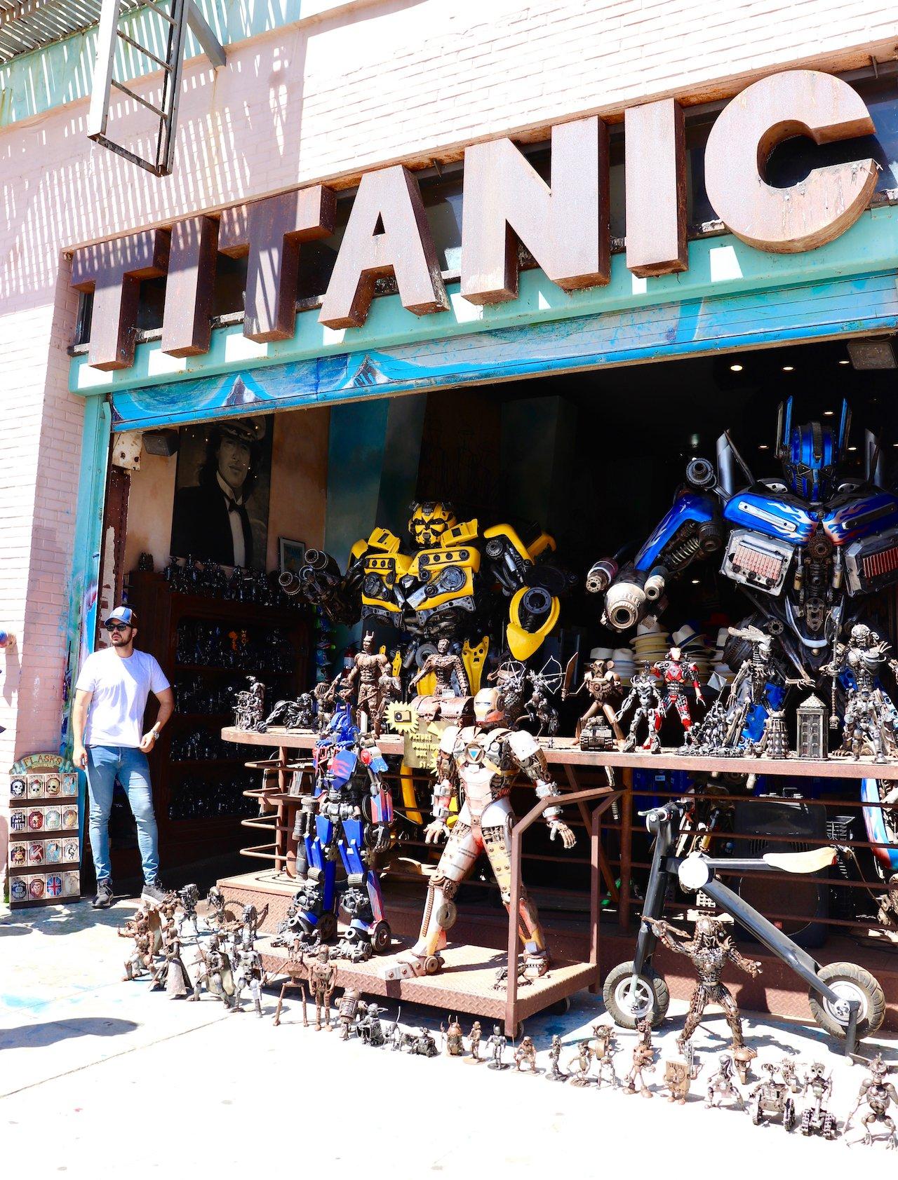 Day Trip To Venice Beach Titanic Boutique
