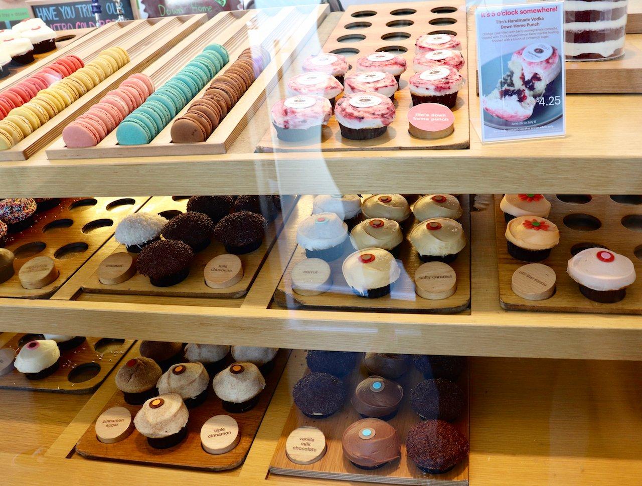 LA Trip Beverly Hills Sprinkles Cupcakes