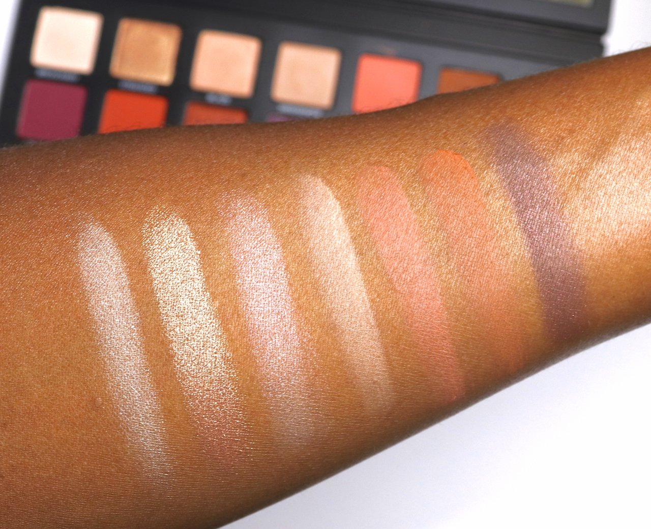 urban decay born to run eyeshadow palette swatches row 1