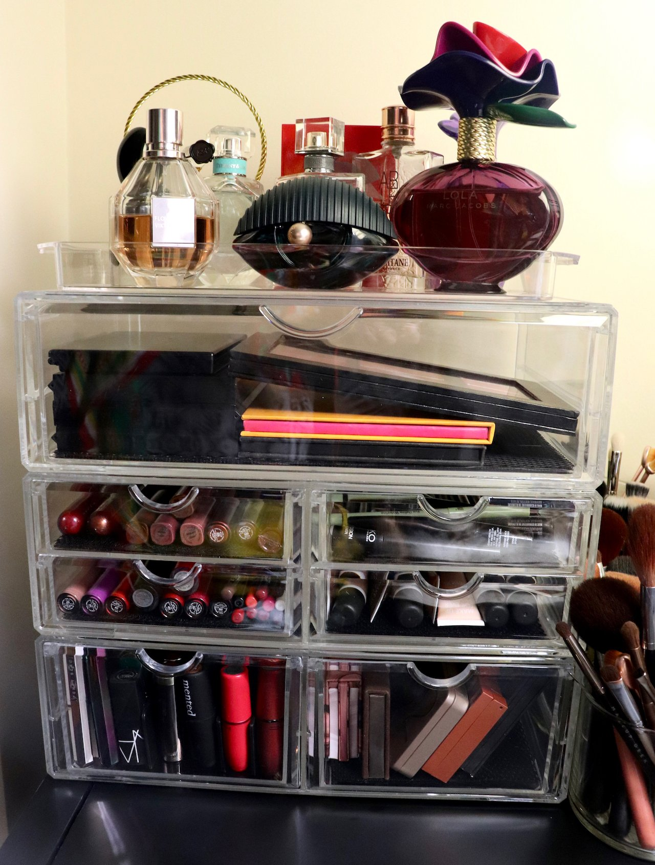 beauty area acrylic makeup storage