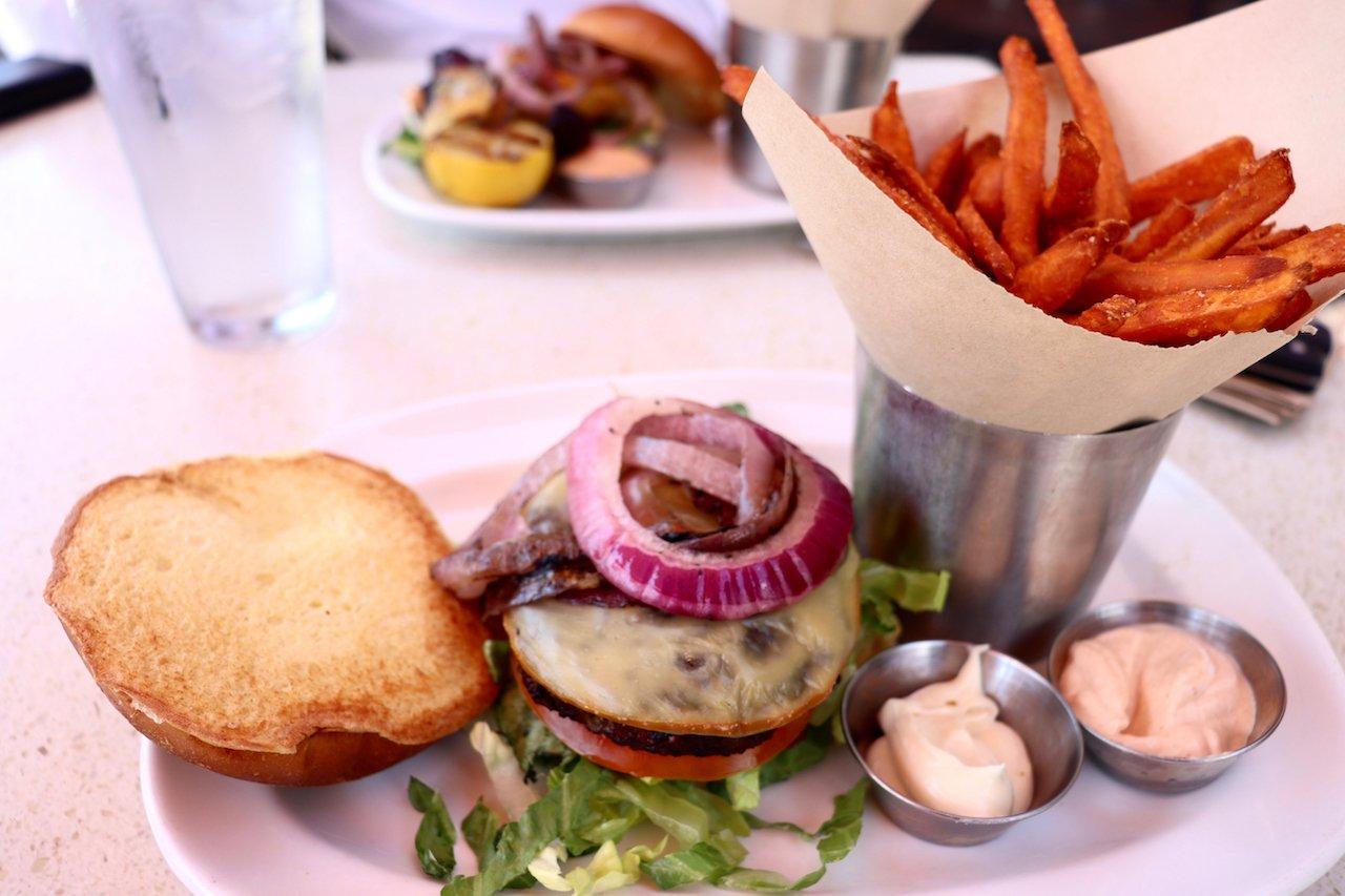 LA The Counter All Natural Beef Burger