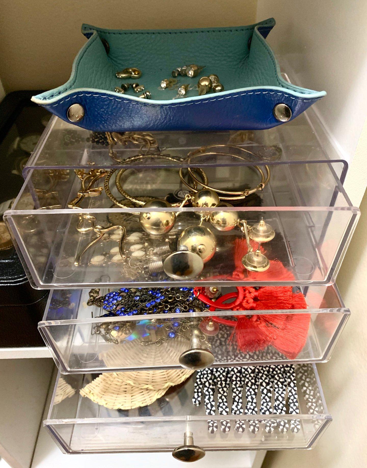 Acrylic Jewelry Organizer Review