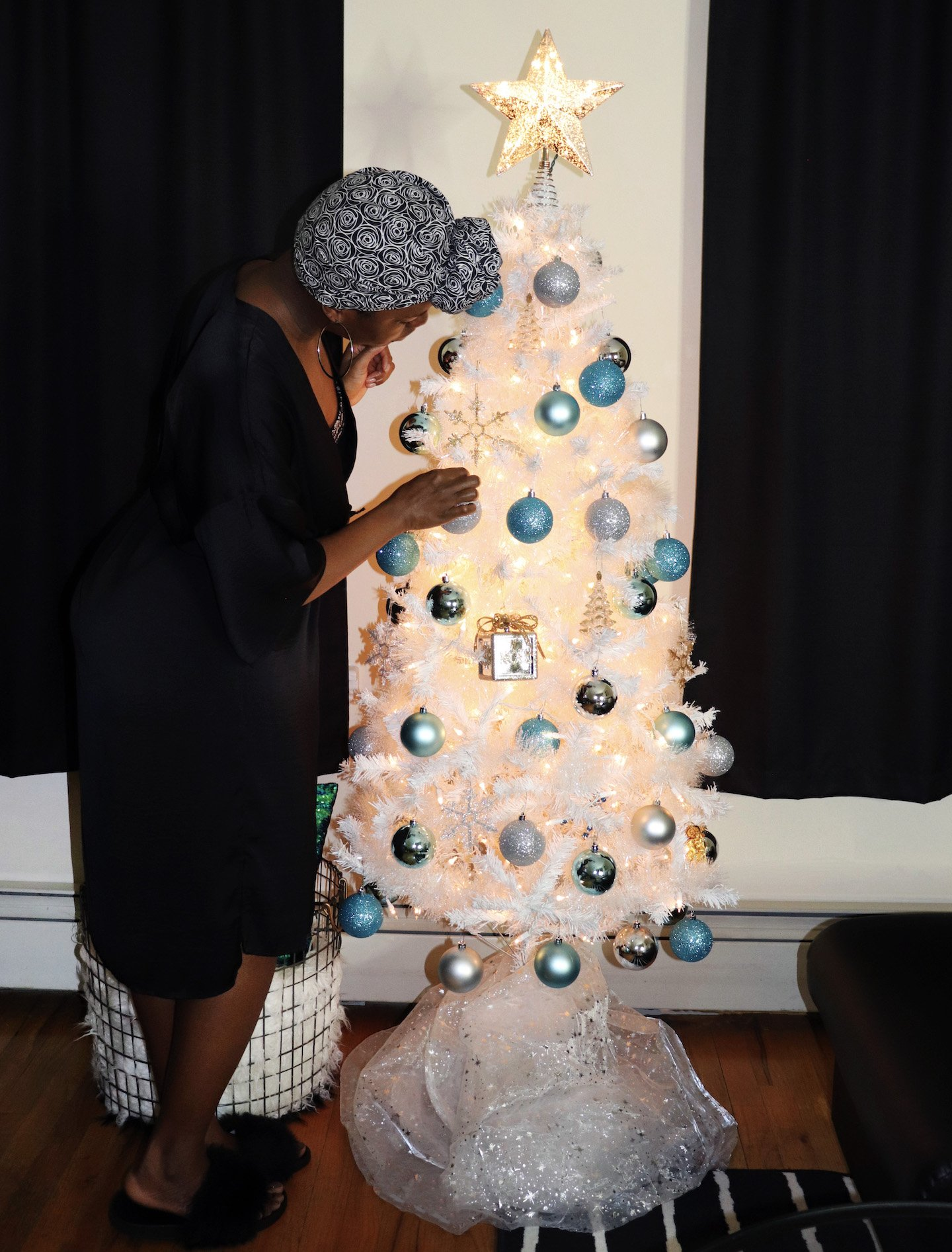 Stylish Christmas Tree On A Budget