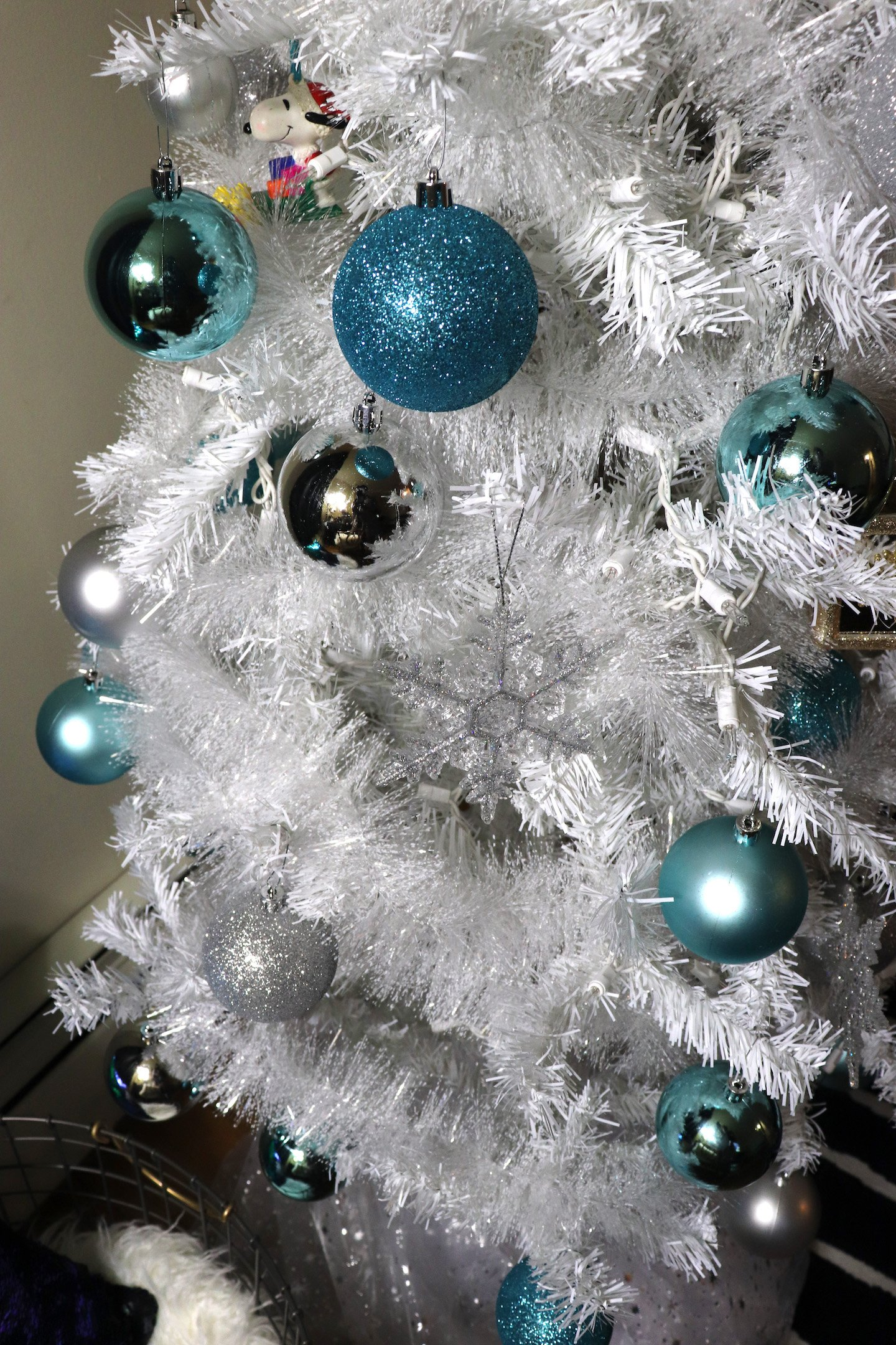 White and Tiffany Blue Christmas Tree